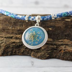 Naszyjnik z prawdziwymi kwiatami Blue Romance