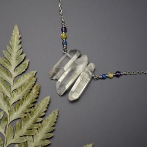 Naszyjnik z trzema kryształami górskimi