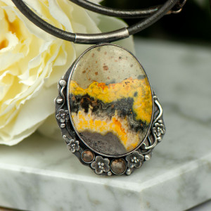 Naszyjnikze srebra z żółtym jaspisem a892