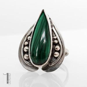 Nelumbo zielony - srebrny pierścień z malachitem