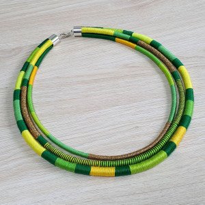 Neo-etno naszyjnik masajka zielona