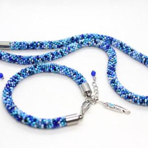 Niebieski komplet biżuterii z drobnych koralików