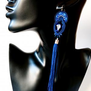 Niebieskie kolczyki z długimi chwostami