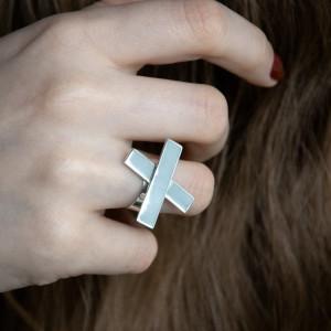 Nowoczesny pierścionek srebro