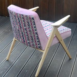 Odnowiony fotel PRL - Chierowski -Różowa geometria