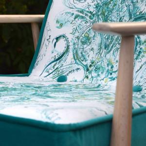 Odnowiony fotel PRL - H. Lis - Zielone Esy-floresy