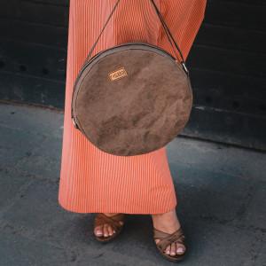 Okrągła torebka boho z papieru [czekoladowa]