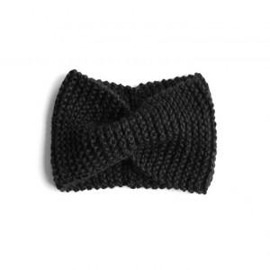 Opaska czarna retro robiona na drutach