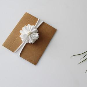 Opaska kwiatuszek biały chrzest