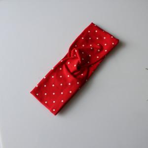 Opaska przeplatana kropki czerwona rozmiary