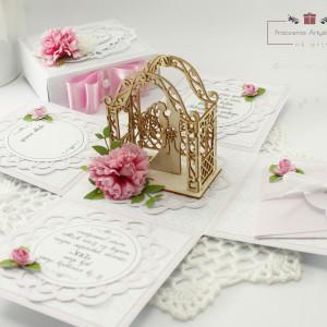Pamiątka na ślub z Parą Młodą - exploding box wz3