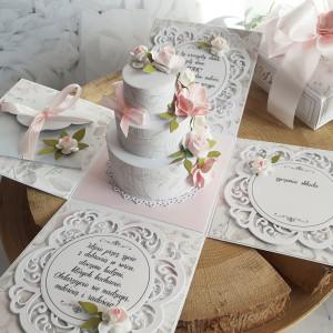 Pamiątka na ślub z torcikiem - exploding box 1