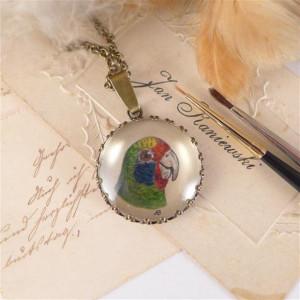 Papuga, Ręcznie malowany naszyjnik, miniatura