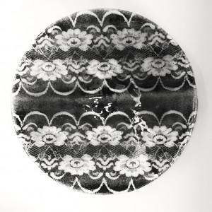 Patera koronka czarna Lena o średnicy 43 cm