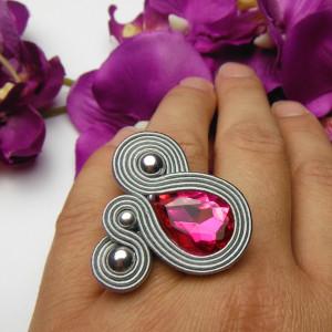 Pierścionek kryształowy amarantowy szary różowy