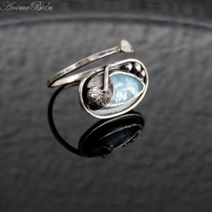 Pierścionek srebrny z akwamarynem regulowany