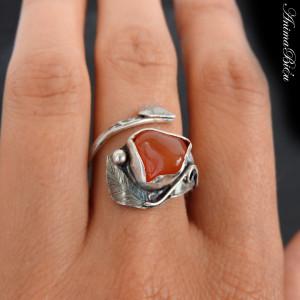 Pierścionek srebrny z karneolem