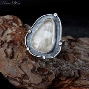 Pierścionek srebrny z kryształem górskim