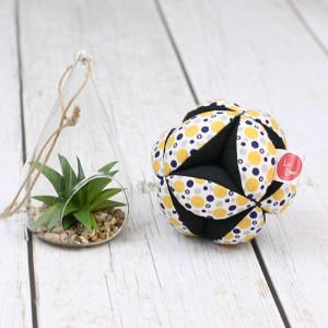 Piłeczka puzzlowa Takane-kropki żółte+czarny