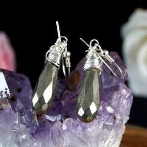 Piryt, srebrne kolczyki z kroplami pirytu