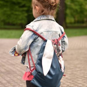 Plecak worek dziecięcy królik niebieski w kwiaty
