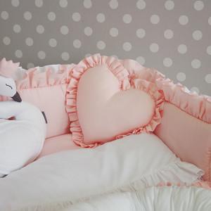 Poduszka serce z falbanką 35x35cm
