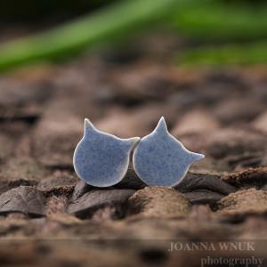 Porcelanowe kolczyki kotki niebieskie