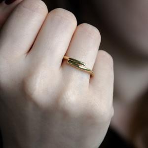Prosty mosiężny pierścionek