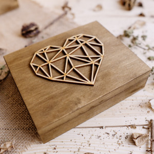 Pudełko na obrączki - geometryczne serce