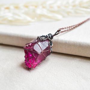 Purple net - naszyjnik z kryształem