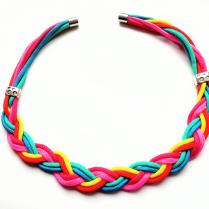 Rainbow-  Naszyjnik z paracordu i z magnesem