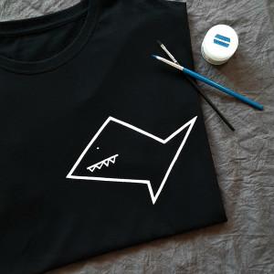 Ręcznie malowana koszulka unisex rekin minimalizm