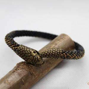 Ręcznie robiona bransoletka z koralików żmijka