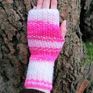 Rękawiczki bez palców, typu mitenki, różowe.