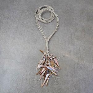 Różany - długi naszyjnik lniany