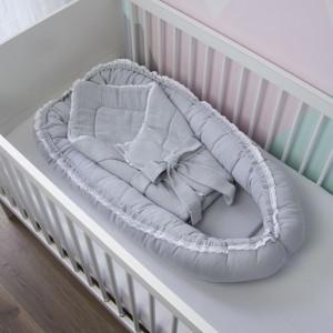 Rożek niemowlęcy muślinowy z koronką szary