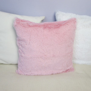Różowa puszysta poszewka na poduszkę 40x40 cm