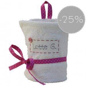 SALE 25% biały ręcznik z imieniem dla dziewczynki