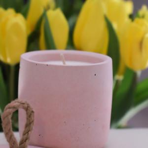 Sojowa świeca zapachowa od More Form