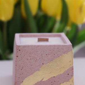 Sojowa świeca zapachowa od More Form Rose/Gold