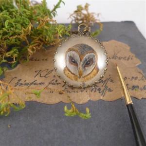 Sowa, ręcznie malowany naszyjnik