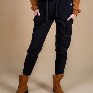 Spodnie damskie dresowe czarne z kieszenią