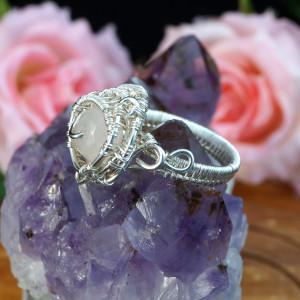 Srebrny pierścionek z kwarcem różowym wire wrapped