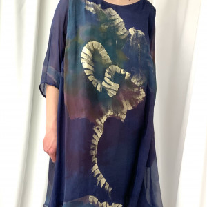 Sukienka jedwabna kolor granat