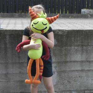 Sweet monster V - maskotka, przytulanka