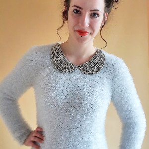 Sweter w szarościach