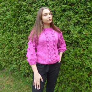 Sweter z bąbelkami fuksja