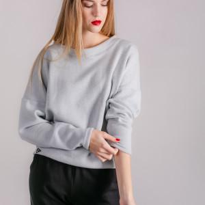 Sweterek klasyczny szary Enjoyable