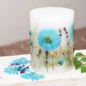 Świeca z kwiatami kwiat turkus