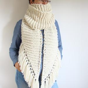 Szalik wełniany na drutach
